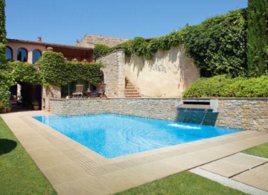 Caesar-piscine-e-spiagge-destinazioni-gres-porcellanato-20-mm
