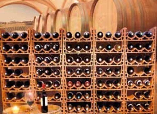 Keramický-stojan-na-víno-04